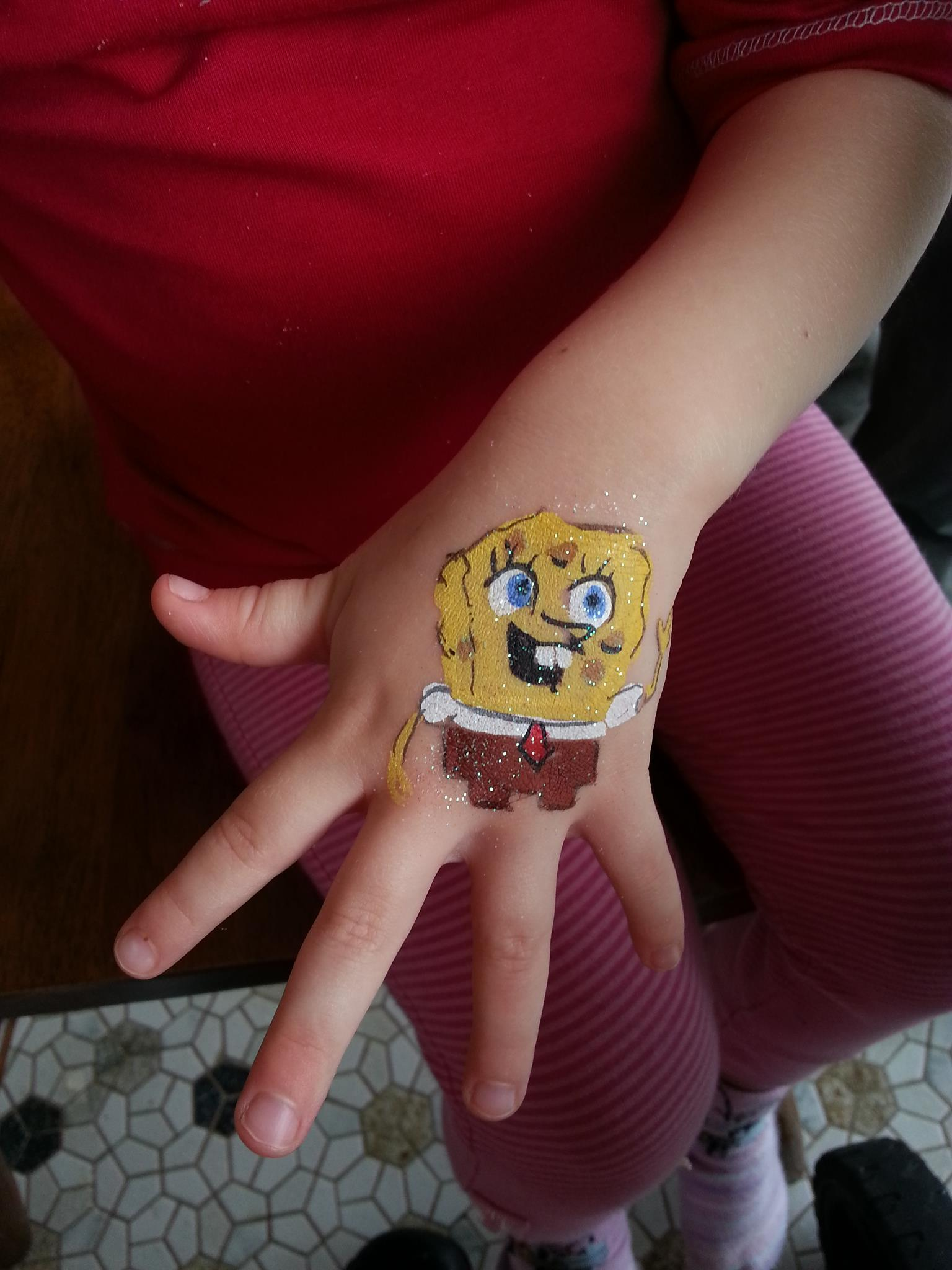 spongebob party face paint gold coast
