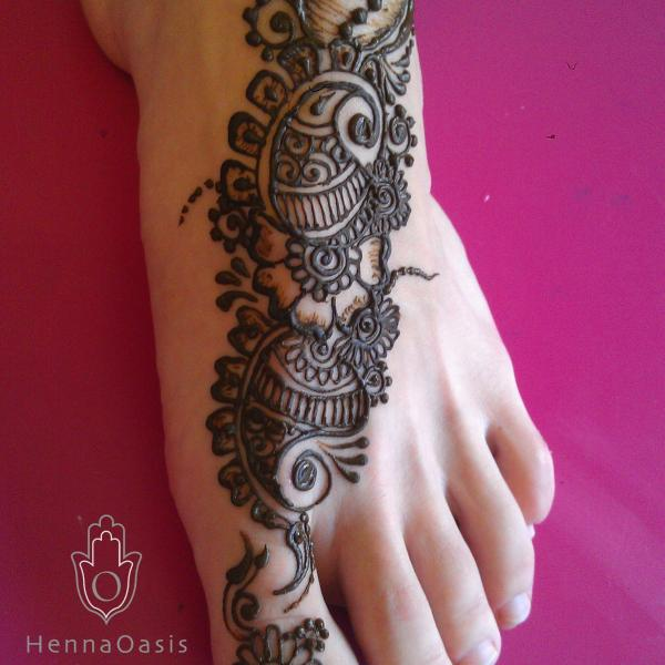 Henna Party Rates : Traditional indian strip