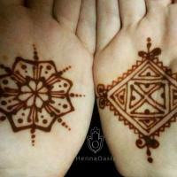 Henna Stain Simple Moroccan Motifs - Diamond and 8 Pointed Star